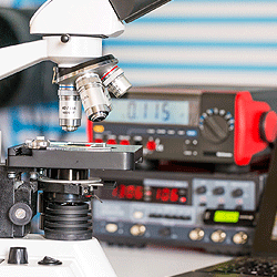 Metrology tools for the electronic industry may include a variety of technologies and instruments same as Phase Noise Analyzers, Frequency Synthetizers or Pulse to Pulse Stability Analysers.
